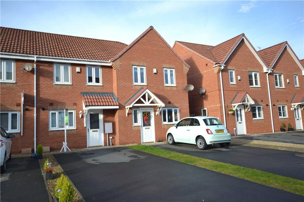 2 Bedrooms Terraced House for sale in Darbyshire Close, Thornaby, Stockton-on-Tees