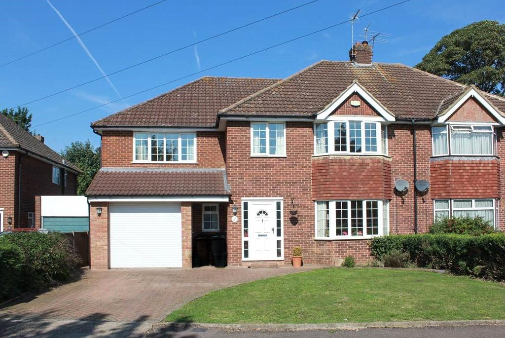 5 Bedrooms Semi Detached House for sale in Mansdale Road, Redbourn, St. Albans, Hertfordshire