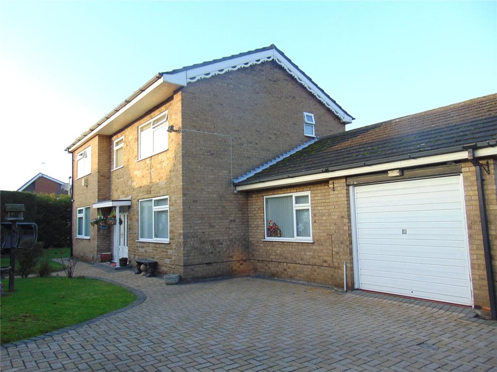 4 Bedrooms Detached House for sale in Weymouth Crescent, Scunthorpe, North Lincolnshire, DN17