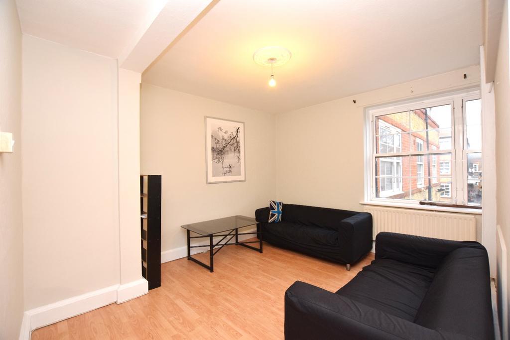 3 Bedrooms Flat for sale in Vauban Estate Bermondsey SE16