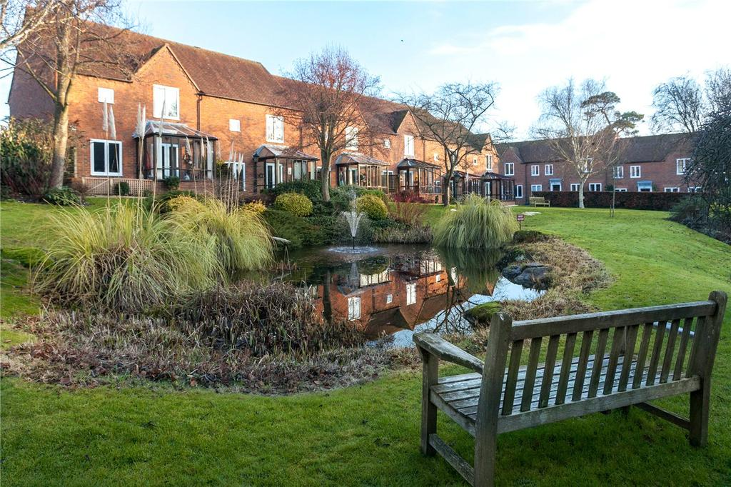 2 Bedrooms Retirement Property for sale in Isles Court, Isles Road, Ramsbury, Marlborough, SN8