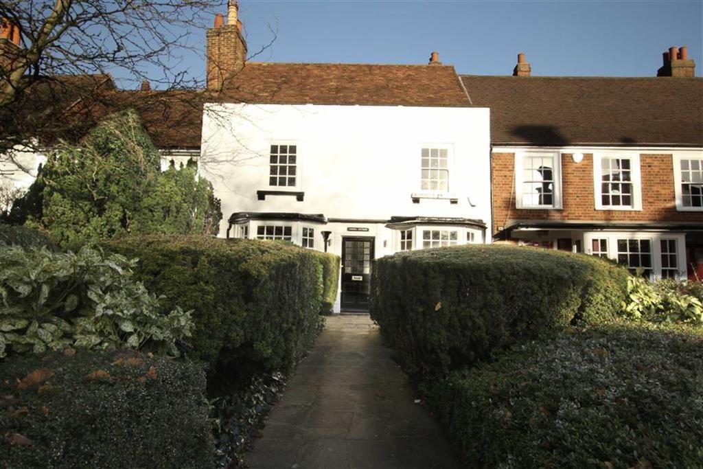 3 Bedrooms Cottage House for sale in Wood Street, High Barnet, Herts, EN5
