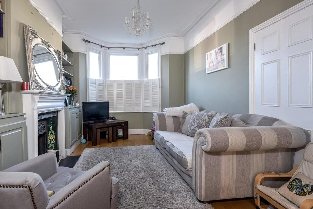 4 Bedrooms Terraced House for sale in Burntwood Lane, Earlsfield, SW17