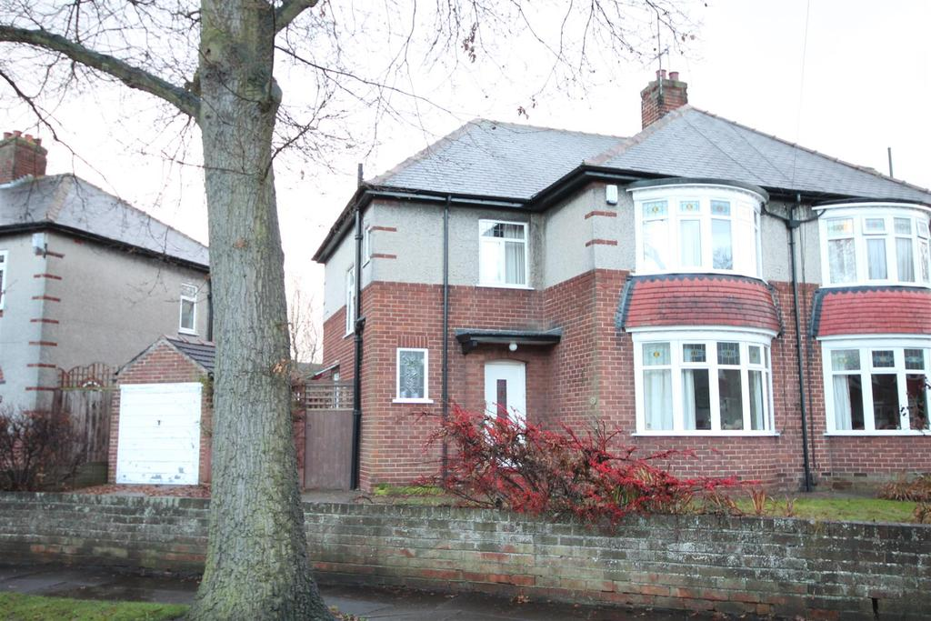 3 Bedrooms Semi Detached House for sale in Neville Road, Darlington