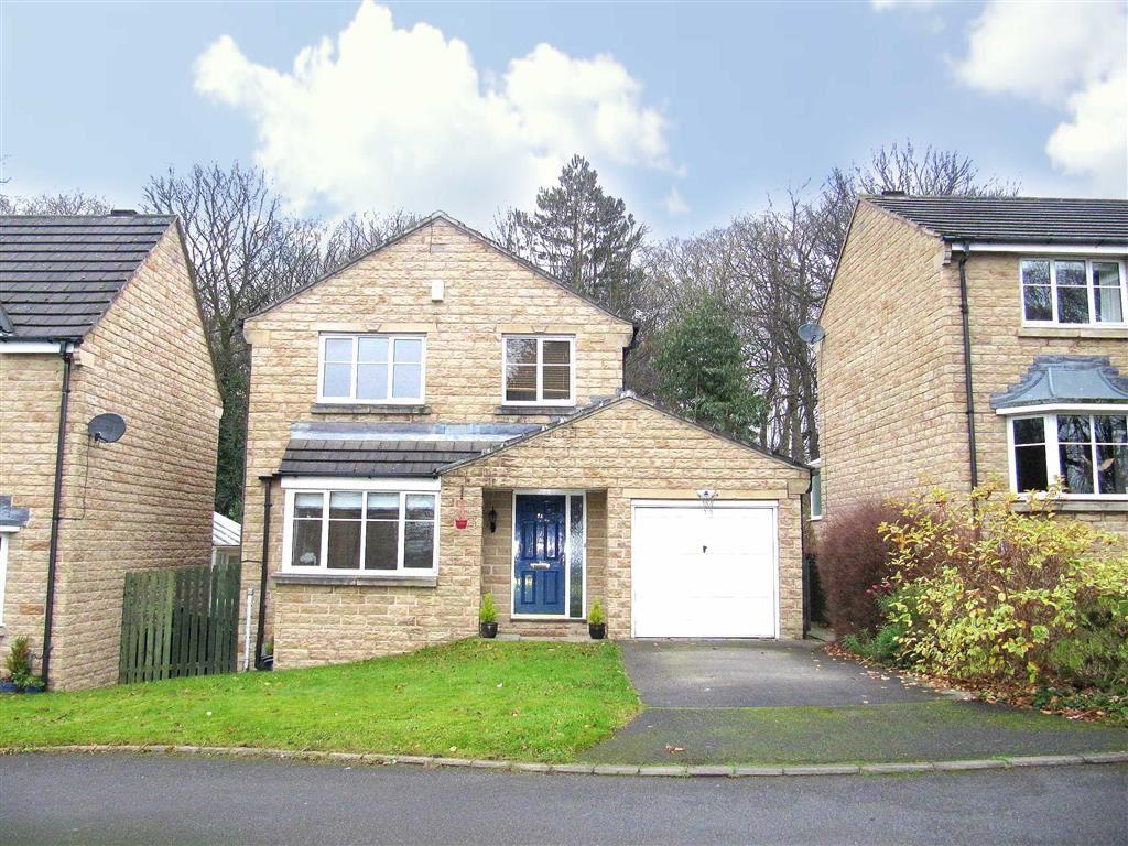 4 Bedrooms Detached House for sale in Haywood Avenue, Lindley, Huddersfield, HD3