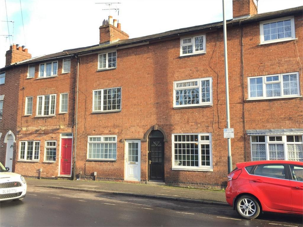 4 Bedrooms Terraced House for sale in Coventry Road, Warwick