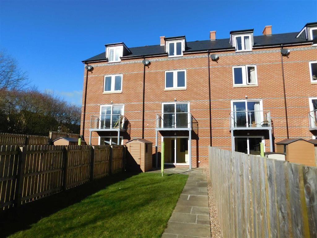 4 Bedrooms Town House for sale in Victoria Terrace, Ripon
