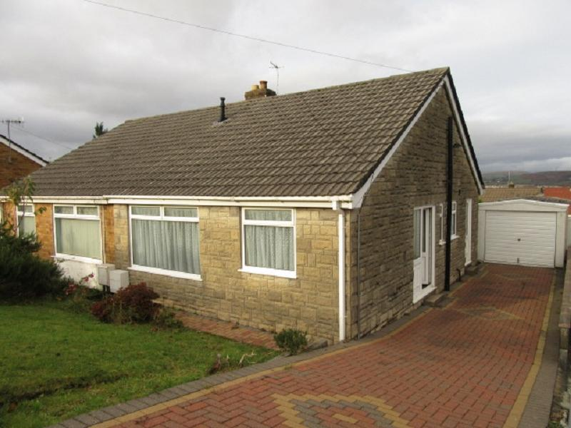 2 Bedrooms Semi Detached House for sale in Lan Manor , Morriston, Swansea.