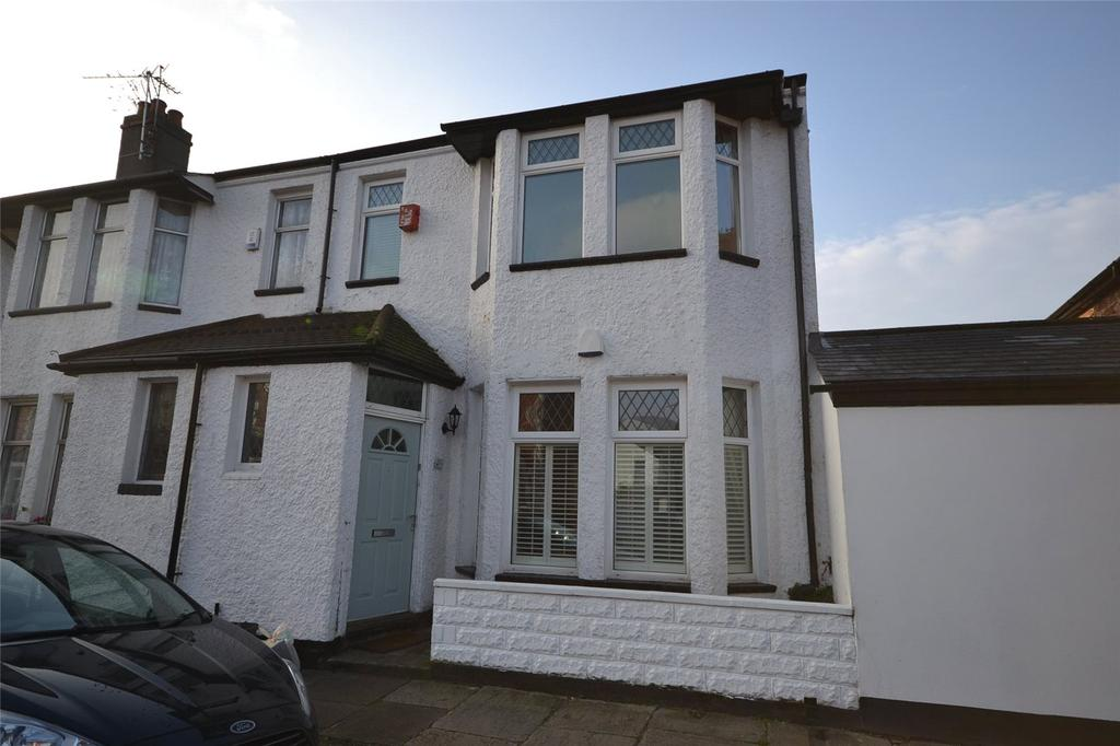 3 Bedrooms End Of Terrace House for sale in Windway Road, Victoria Park, Cardiff, CF5
