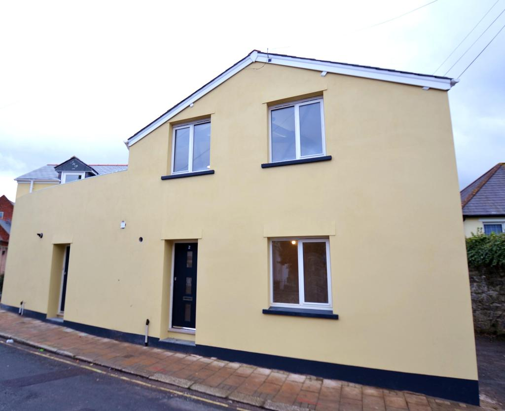 2 Bedrooms Terraced House for sale in Trinity House, Trinity Place