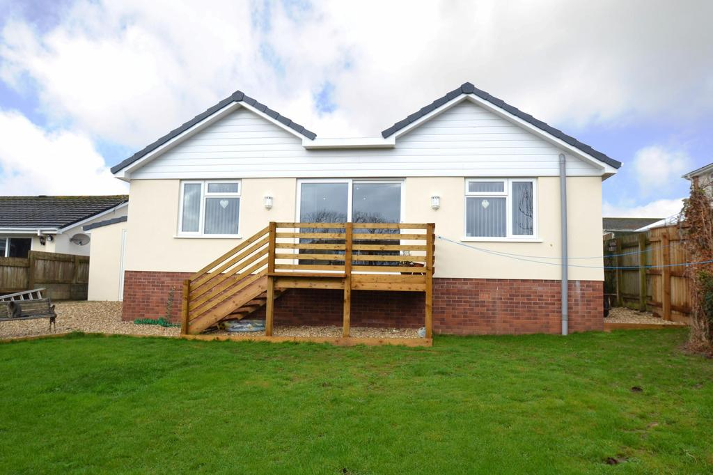 4 Bedrooms Detached House for sale in Magdala Road, Bickington