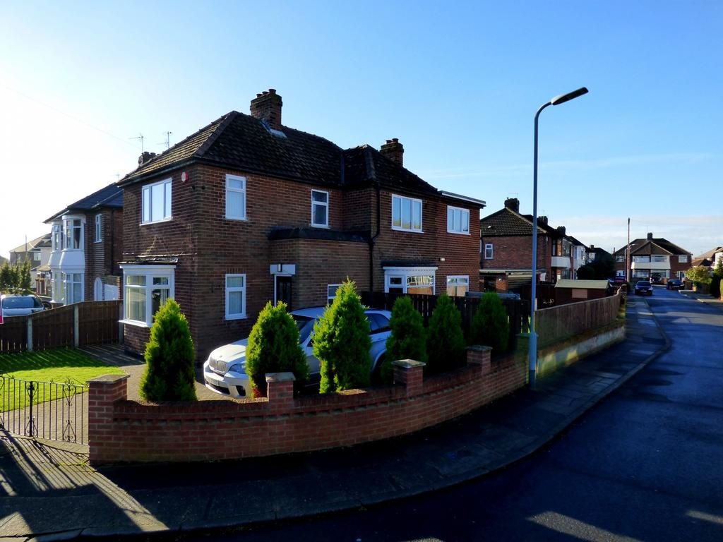 4 Bedrooms Detached House for sale in Whitton Road, Stockton-On-Tees, TS19