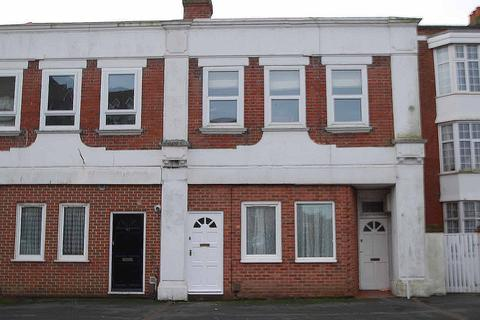 1 bedroom ground floor flat for sale - Belle Vue Road, Bournemouth, BH6