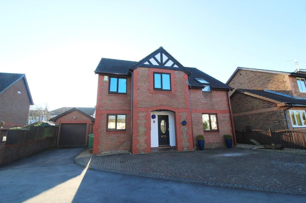 4 Bedrooms Detached House for sale in Clos Y Gof, St Fagans