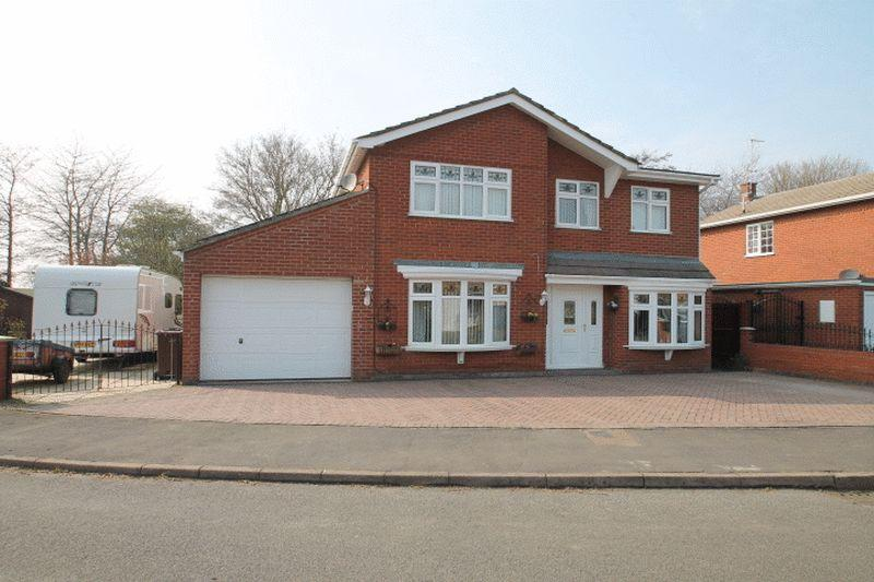 5 Bedrooms Detached House for sale in Lindum Way, Donington