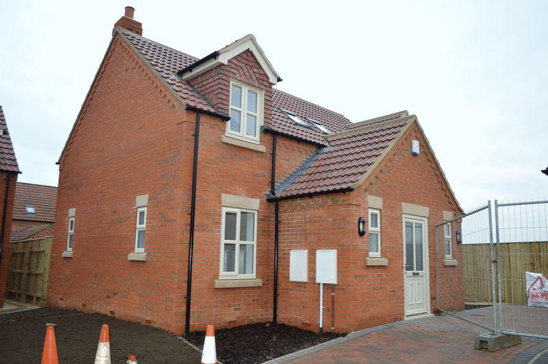 3 Bedrooms Detached House for sale in Old School Gardens, Broughton