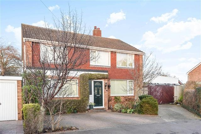 5 Bedrooms Detached House for sale in Becher Close, Renhold