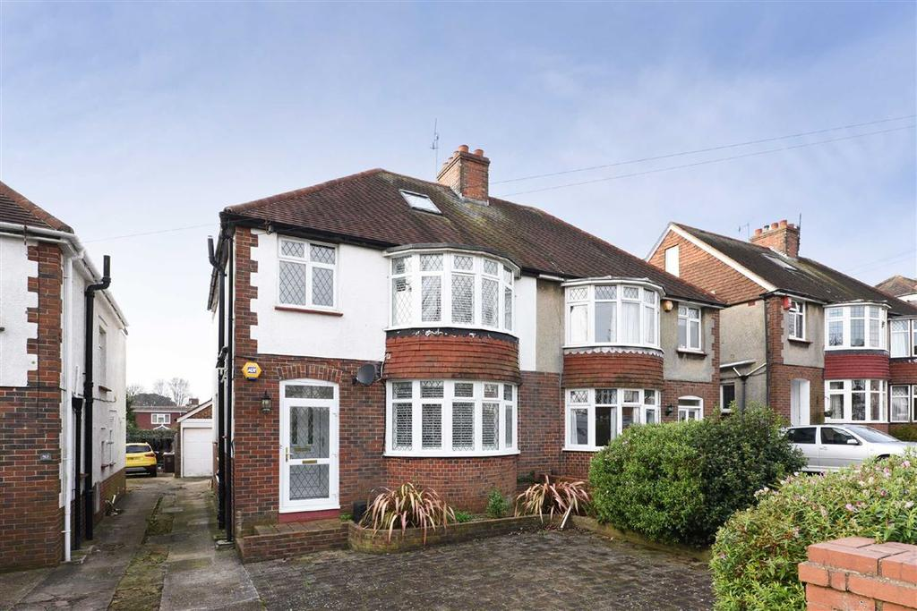 3 Bedrooms Semi Detached House for sale in Foredown Drive, Portslade