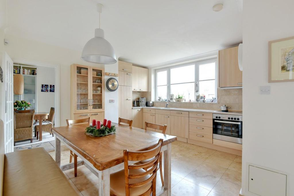5 Bedrooms Semi Detached House for sale in Fairlie Gardens, Forest Hill, SE23