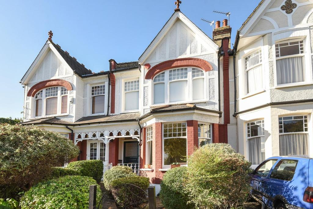 5 Bedrooms Terraced House for sale in Harlech Road, Southgate