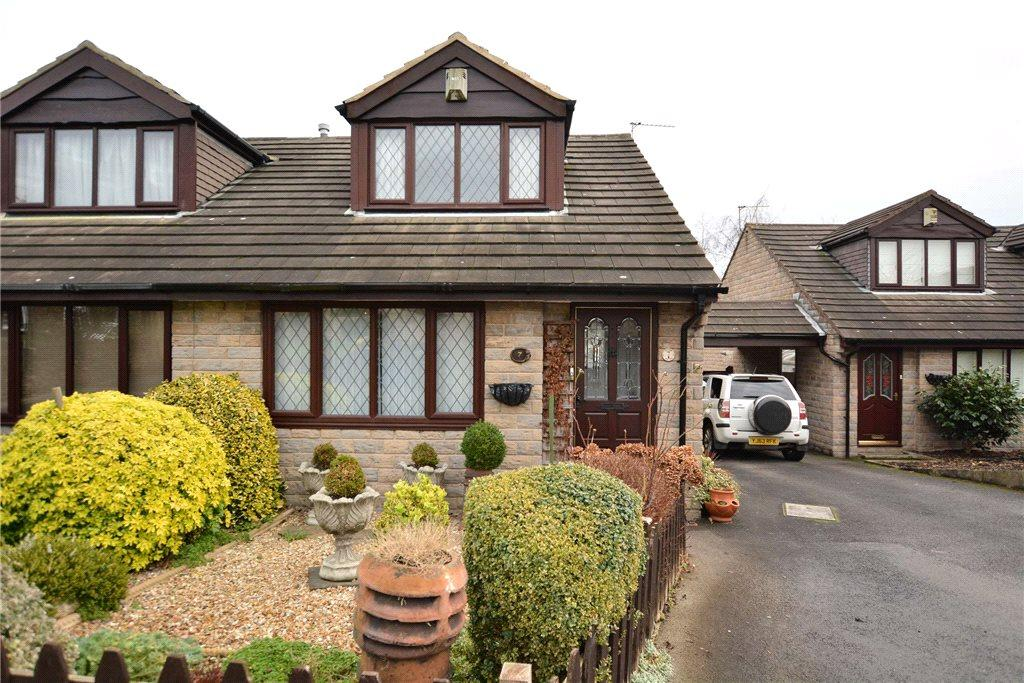 2 Bedrooms Semi Detached Bungalow for sale in Amblers Court, Pudsey, West Yorkshire