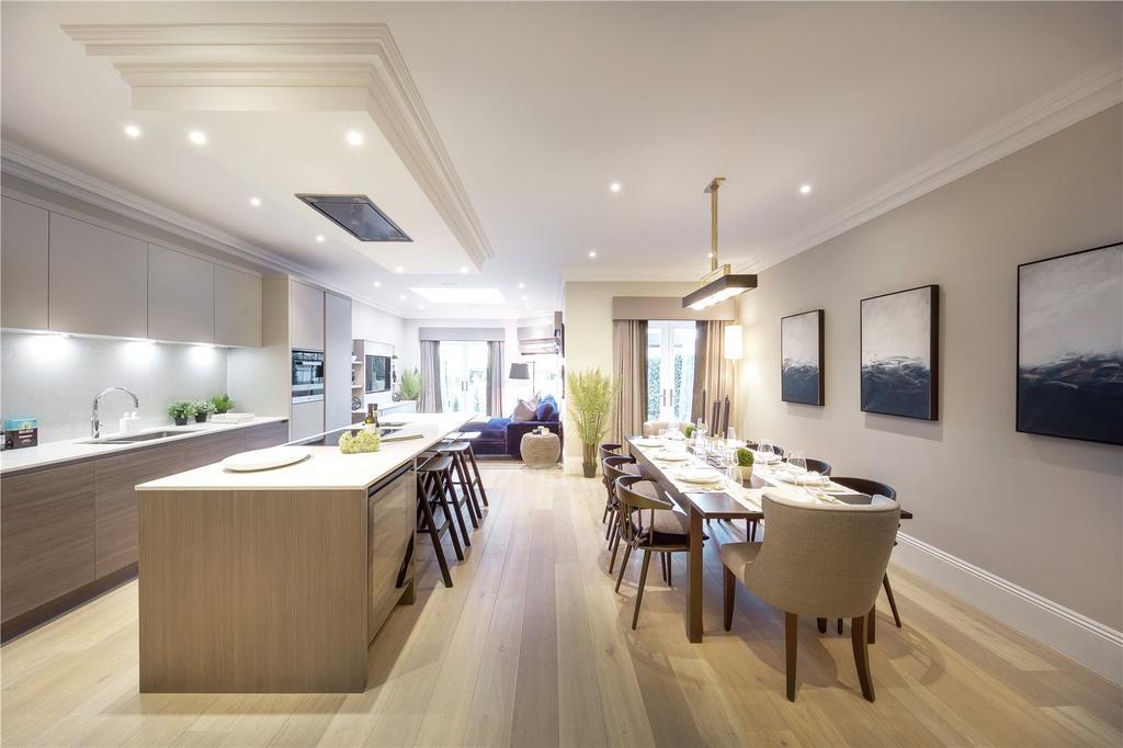 4 Bedrooms Semi Detached House for sale in Crown Lane, Virginia Water, Surrey