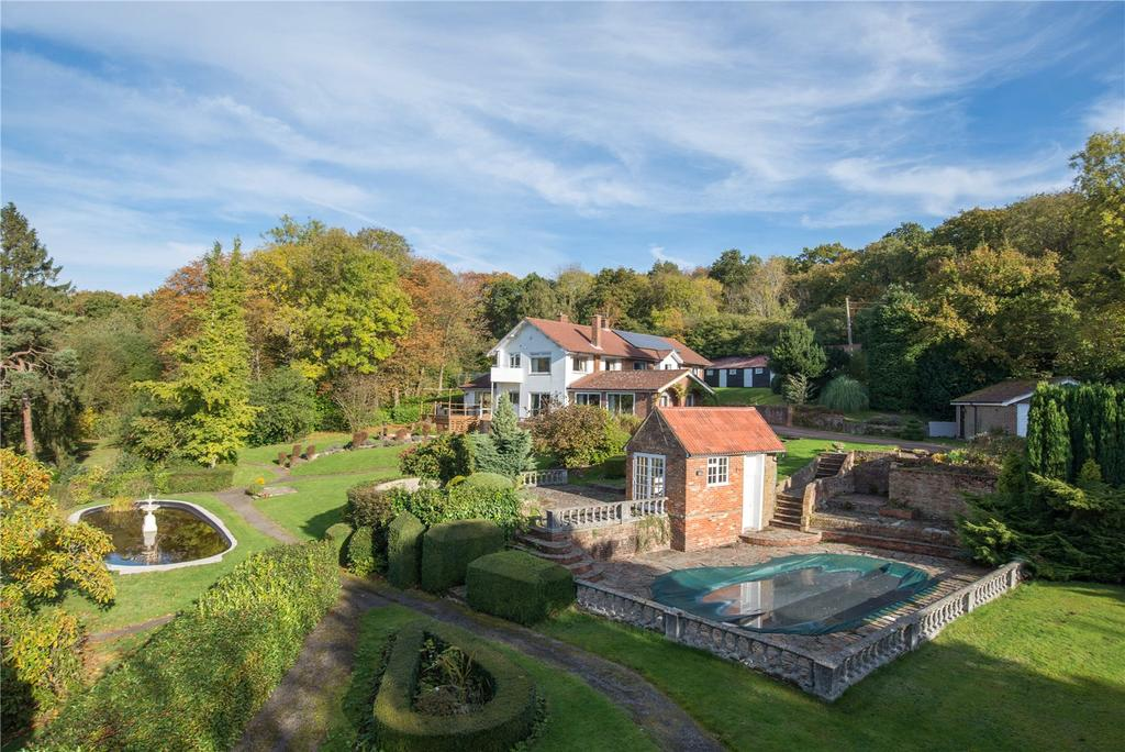 5 Bedrooms Detached House for sale in Boughton Hill, Dunkirk, Faversham, Kent