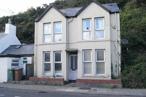 2 bedroom detached house for sale - Abererch Road, Pwllheli