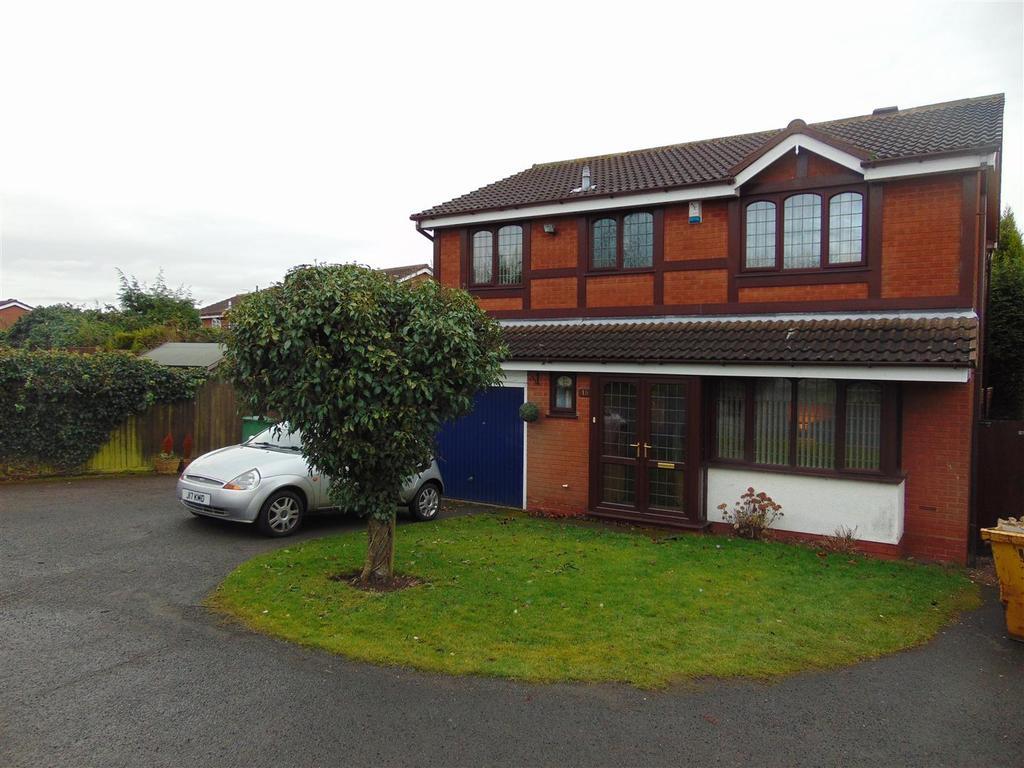 4 Bedrooms Detached House for sale in Weatheroaks, Shire Oak