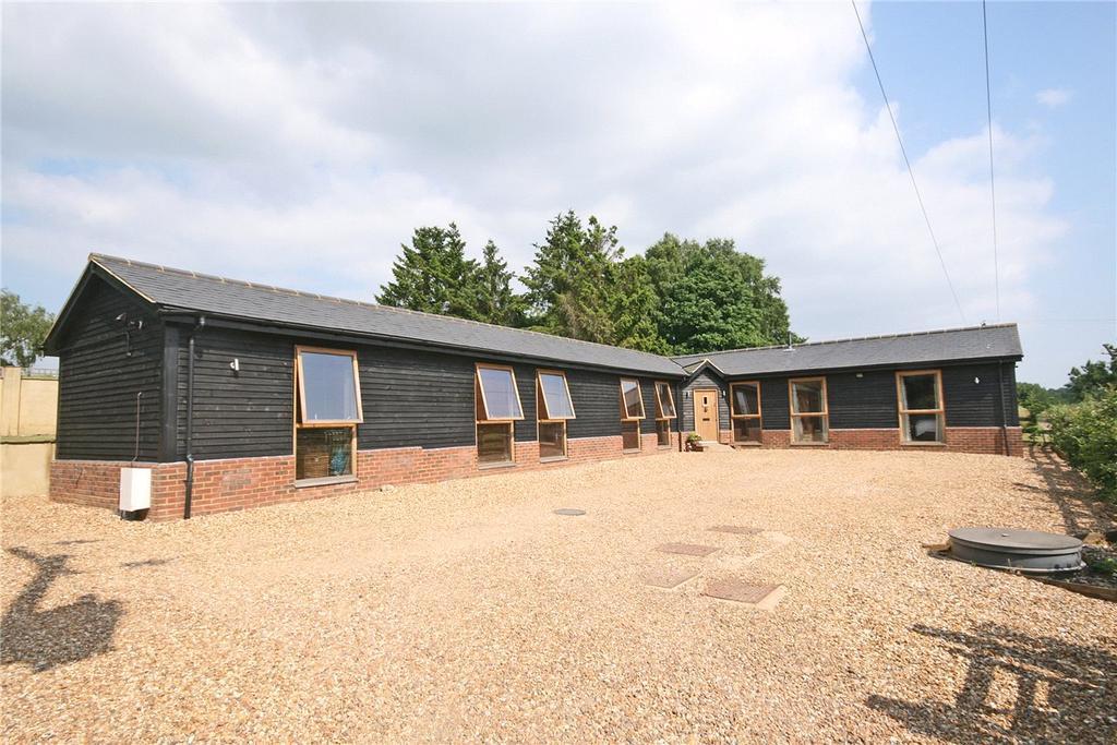 3 Bedrooms Detached House for sale in Harpendenbury Lane, Redbourn, St. Albans, Hertfordshire
