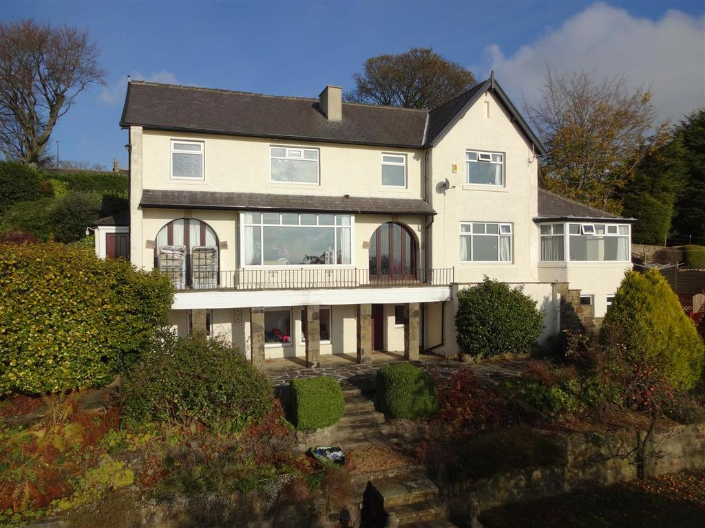 6 Bedrooms Detached House for sale in Well Lane, Rawdon