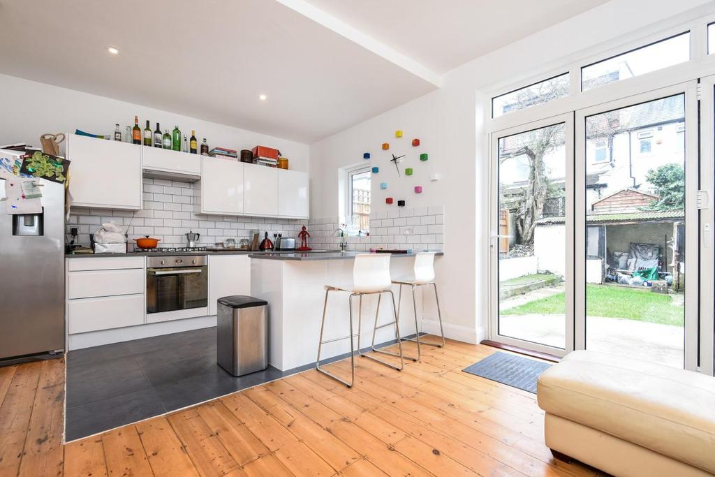 4 Bedrooms Terraced House for sale in Craignair Road, Brixton, SW2