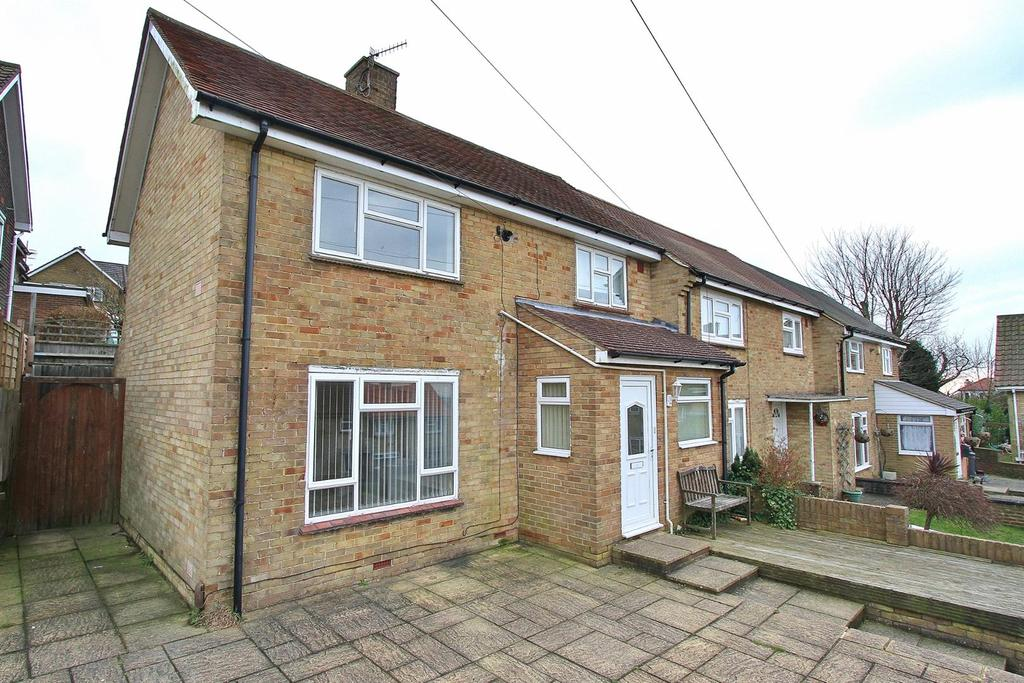 2 Bedrooms End Of Terrace House for sale in Sandhurst Avenue, Woodingdean