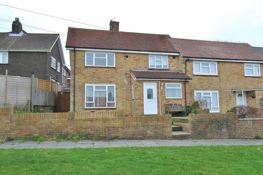 3 Bedrooms End Of Terrace House for sale in Sandhurst Avenue