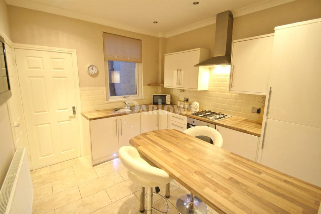 2 Bedrooms Terraced House for sale in South Street, Sebastapol, Pontypool