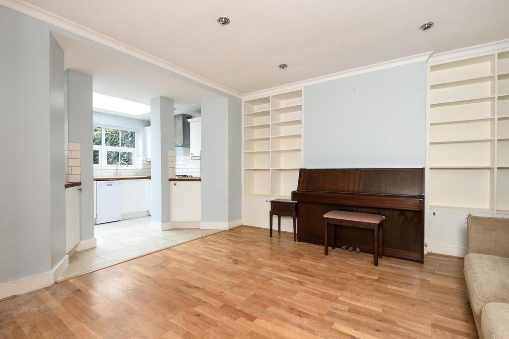 3 Bedrooms Flat for sale in Wimbledon Park Road, Southfields, SW18