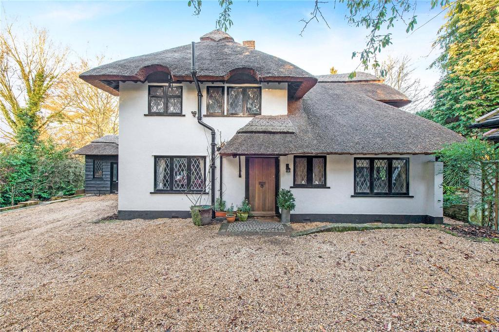 5 Bedrooms Unique Property for sale in Cherry Hill, Loudwater, Rickmansworth, Hertfordshire, WD3