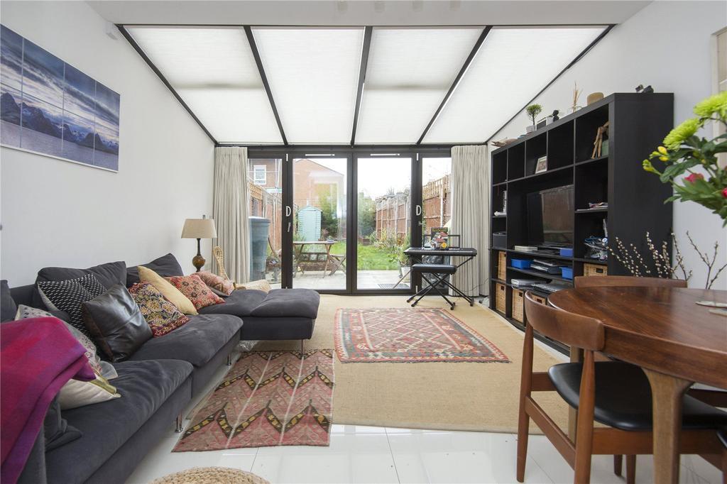4 Bedrooms House for sale in Daubeney Road, London, E5