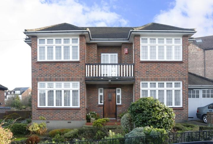 3 Bedrooms House for sale in Canonbie Road, Forest Hill, SE23