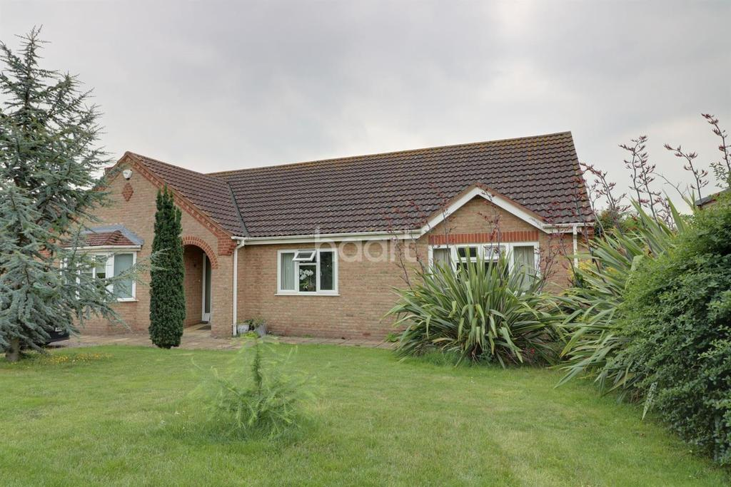 4 Bedrooms Bungalow for sale in Wisbech Rd, Manea