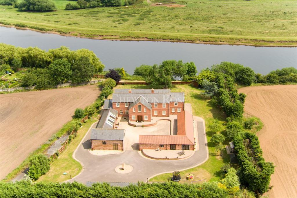 5 Bedrooms Detached House for sale in North Muskham , Newark, Nottinghamshire