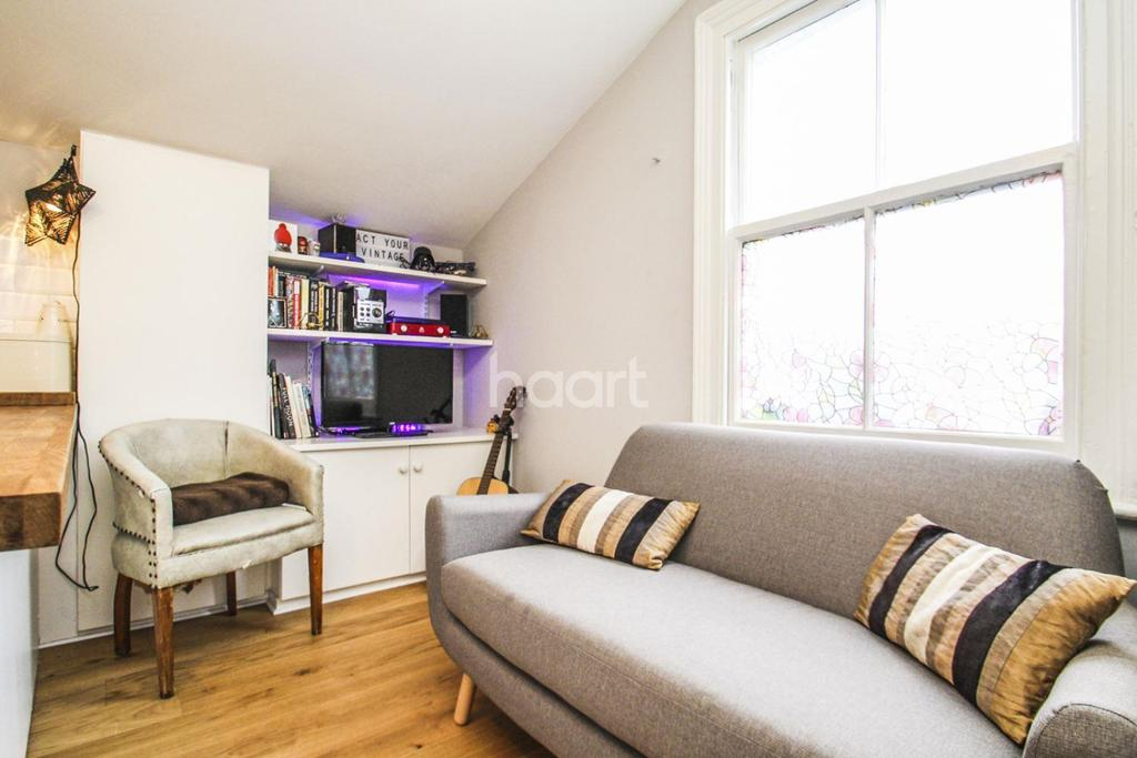 1 Bedroom Flat for sale in Kingscourt Road, Streatham, SW16