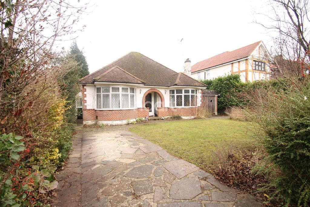2 Bedrooms Bungalow for sale in Julian Road, Chelsfield