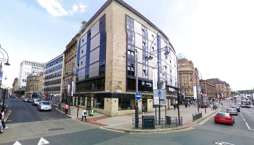 1 Bedroom Apartment Flat for sale in Landmark House, 11 Broadway, Bradford, West Yorkshire, BD1