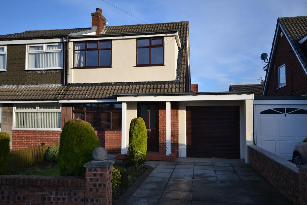 3 Bedrooms Semi Detached House for sale in Trent Close, Sutton, St. Helens