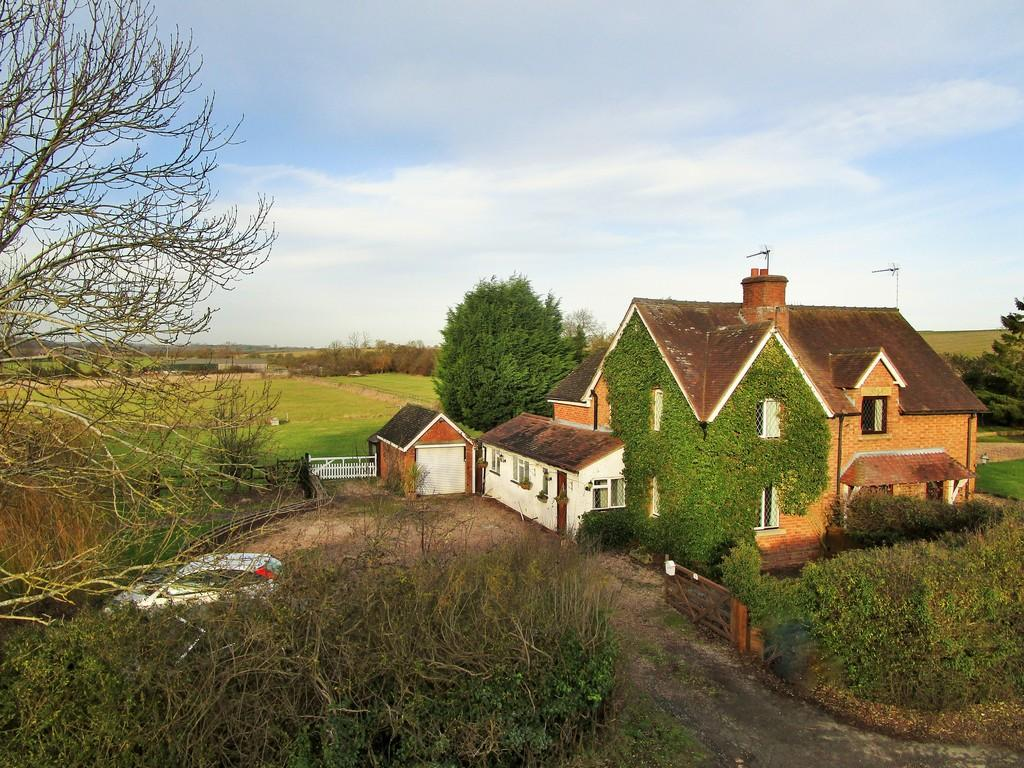 3 Bedrooms Equestrian Facility Character Property for sale in Evesham Road, Stratford upon Avon