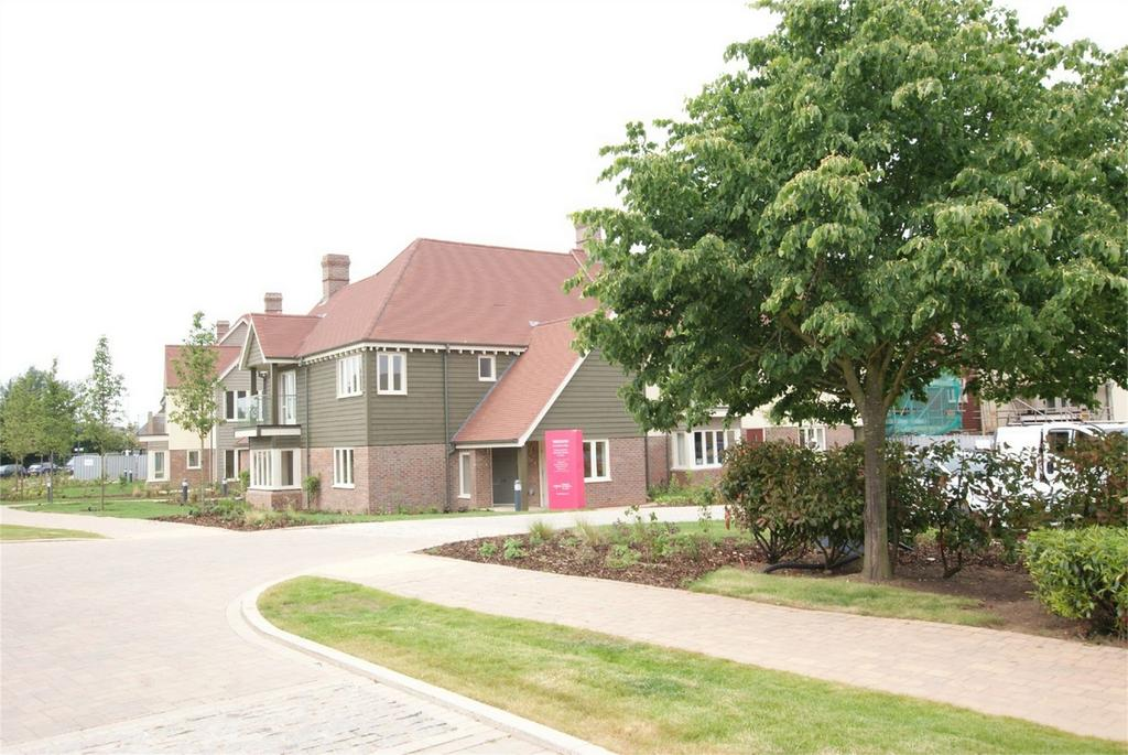 2 Bedrooms Retirement Property for sale in Milligan Court, Gallagher Way, Warwick
