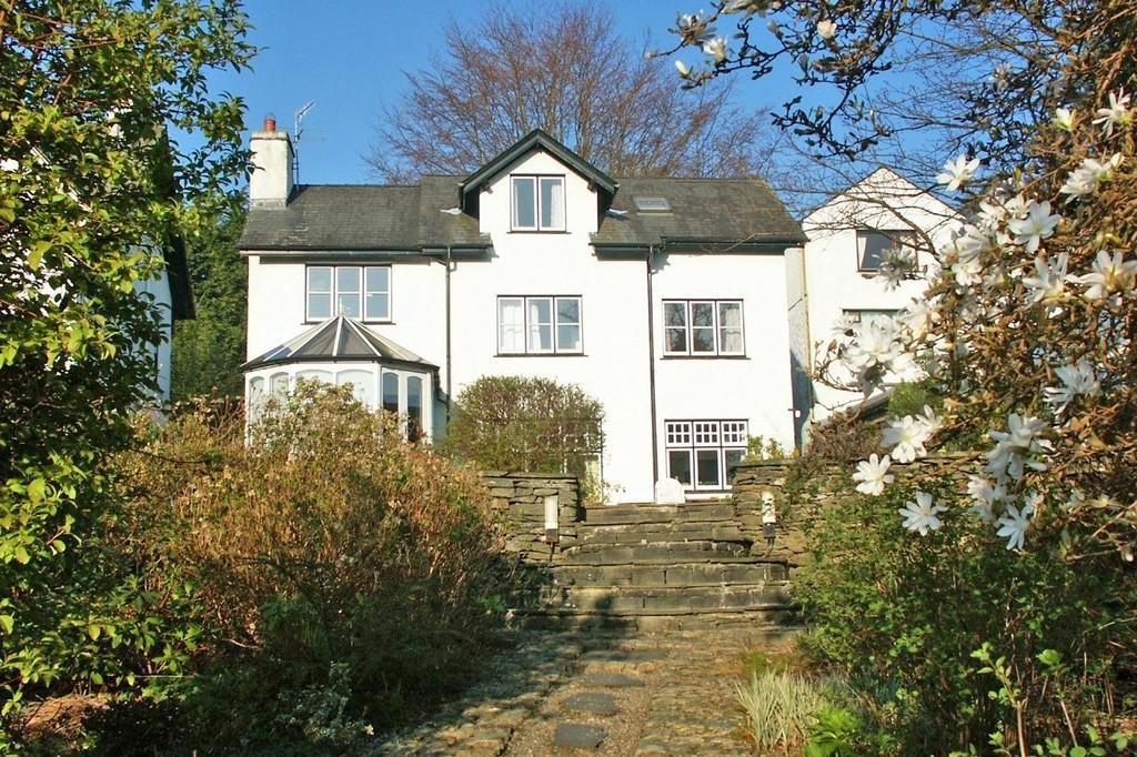 4 Bedrooms Detached House for sale in Old Lake Road, Ambleside