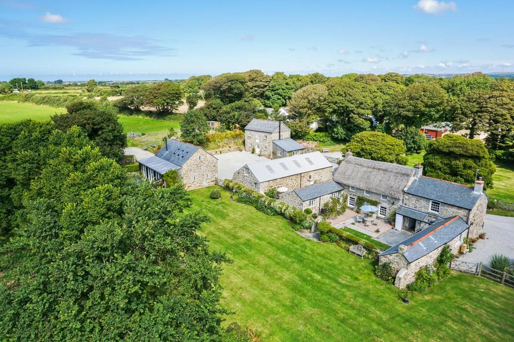 8 Bedrooms House for sale in Gwinear, Hayle