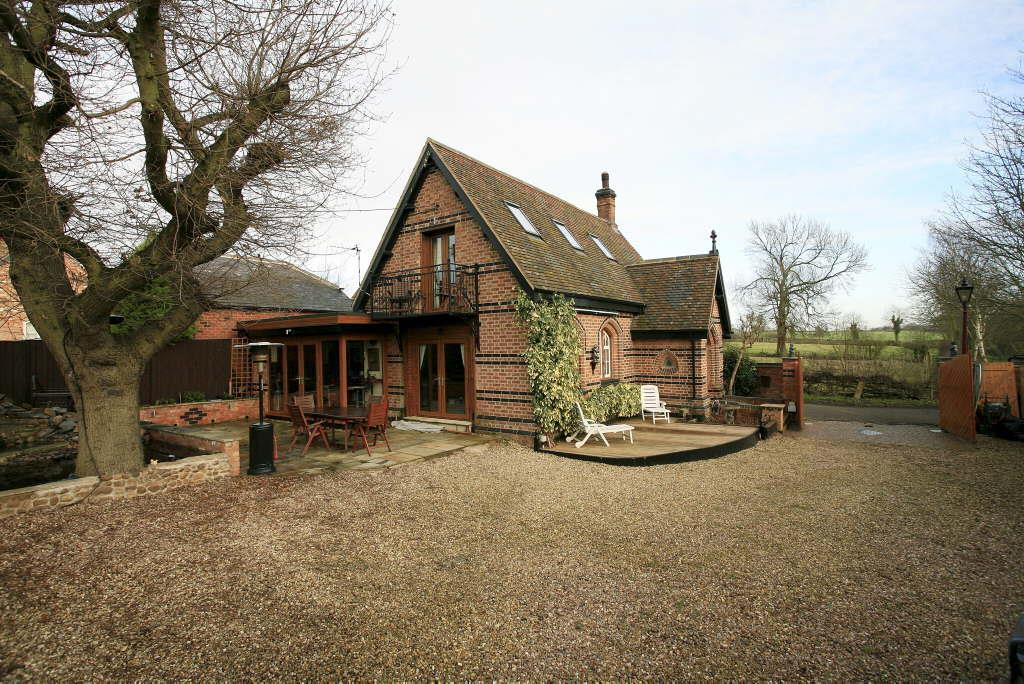 3 Bedrooms Detached House for sale in Post Office Lane, Newton Harcourt